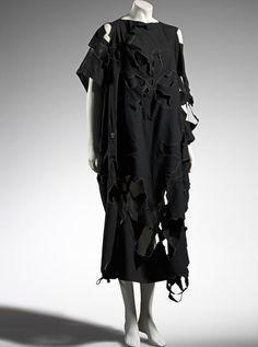 1983, Japan - Dress by Yohji YAMAMOTO - Cotton, synthetic coating, shell