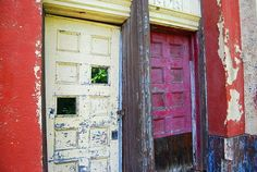 30 Haunting Abandoned Doors (in Pictures)