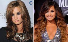 ... quando, em 2010, ela resolveu mudar. Deixou a raiz clara e as pontas mais escuras. Um ano depois, olha a Demi de cabelão supercomprido. Aí foram as pontas que ficaram loiras.