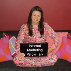 5 minutes is all it takes to get excited about internet marketing from Kim Rowley of WorkInMyPajamas.com