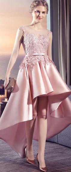 1c7b93e9032 robe de soirée rose courte devant longue derrière brodée Robe Rose Fushia