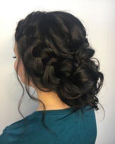 128 To se mi líbí, 6 komentářů – ⠀⠀⠀⠀⠀⠀⠀⠀⠀⠀⠀⠀⠀. 128 To se mi líbí, 6 komentářů – ⠀⠀⠀⠀⠀⠀⠀⠀⠀⠀⠀⠀⠀. Quince Hairstyles, Bun Hairstyles, Pretty Hairstyles, Wedding Hairstyles, Wedding Updo, Quinceanera Hairstyles, Homecoming Hairstyles, Prom Hair Updo, Prom Hairstyles