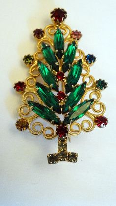 """Vintage Hobe Christmas Tree Pin <a class=""""pintag searchlink"""" data-query=""""%23Hobe"""" data-type=""""hashtag"""" href=""""/search/?q=%23Hobe&rs=hashtag"""" rel=""""nofollow"""" title=""""#Hobe search Pinterest"""">#Hobe</a>"""