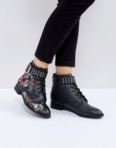 Embroidered booties- Bottines plates brodées #promotion