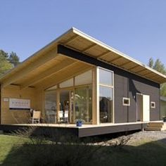 Materialicious is a user-submitted visual curation site featuring residential architecture and design, craftsmanship, materials and products. Cabin Design, Roof Design, Cottage Design, House Design, Modern Log Cabins, Modern Prefab Homes, Patio Plan, Steel Framing, Small Cottage Homes