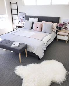 "@nordikspace auf Instagram: ""What a lovely living room.via @megcaris.interiors#scandinavian #interior #homedecor #simplicity…"""