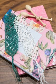 This beautiful floral bobbin lace bookmark is handmade from linen thread. Available colours are white and green. Textile Products, Gifts For Bookworms, How To Make Bookmarks, Bobbin Lace, Surface Pattern Design, Book Gifts, Designing Women, Book Worms, Branding Design