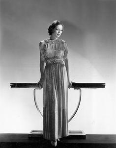 loretta young | 1935 | #vintage #1930s #fashion