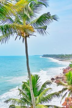 Travel India beach ideas for south asia on first trip to india for one month itinerary. Best beaches in India when backpacking india. outdoor beach travel tips. beautiful places for world bucket list, wanderlust inspiration. Kerala Travel, India Travel Guide, Asia Travel, Travel Tips, Travel Destinations, Beautiful Places To Visit, Cool Places To Visit, Porches, Landscape Photography