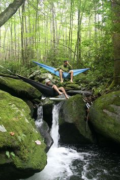CAMPING IN HAMMOCKS OVER RIVER, That looks like so much fun!!