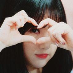 South Korean Girls, Korean Girl Groups, Win My Heart, G Friend, China, Face Claims, Korean Singer, Ultra Violet, Idol