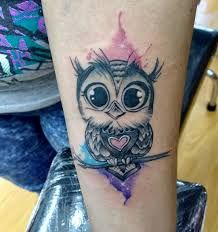 Owl tattoos ideas for women Baby Owl Tattoos, Cute Owl Tattoo, Mommy Tattoos, Future Tattoos, Love Tattoos, Sexy Tattoos, Beautiful Tattoos, Body Art Tattoos, Tatoos