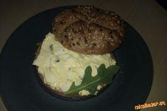 Vajíčková pomazánka s rukolou (poprípade pŕhľavou, pažítkou a zádušníkom)