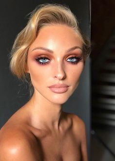 Stunning make-up. I came across this make-up and I loved it … - Makeup Tips Diy Blue Eyes Make Up, Eyeshadow For Blue Eyes, Eyeshadow Looks, Make Up For Blue Eyes Blonde Hair, Makeup Eyeshadow, Blonde Bridal Makeup, Bridal Makeup For Blue Eyes Blonde Hair, Makeup Looks Blue Eyes, Bridal Makeup For Blondes