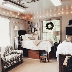 Dorm Room Ideas For Girls Organization Loft.Creative Dorm Room Storage Organization Ideas On A Budget . Organized And Spacious Dorm Room Tcu Sherley Hall Dorm . Home and Family Room Inspiration, Girl Room, Dorm Rooms, College Room, Room Decor, Dorm Room Decor, Room Inspo, Dorm Room Designs, Dream Rooms
