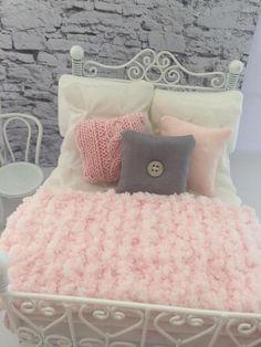 Bonita rosa chenille corredor/tiro para 1:12 casa de muñecas