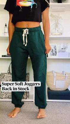 Jogger Pants, Joggers, Sweatpants, Must Haves, Parachute Pants, Gifts For Her, Fitness, Tops, Fashion