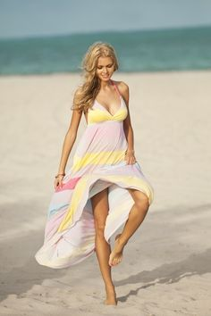 the colors and the lightweight feeling of this dress...makes it one I'd love to wear!