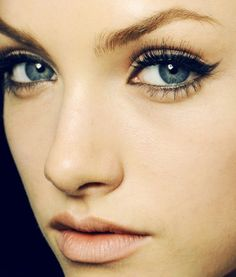 Get a perfect winged liner look