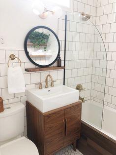Diy Bathroom Remodel, Bathroom Renos, Bath Remodel, Wood Bathroom, Bathroom No Window, Bathroom Hardware, Bathroom Wallpaper, Dark Tiled Bathroom, Bathroom Subway Tiles