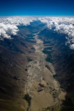 Heaven in #India, Parting of the clouds in the ever so beautiful Kashmir.