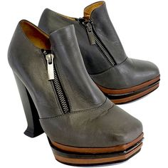 Pre-owned John Fluevog Grey Leather Platform Shooties ($125) ❤ liked on Polyvore featuring shoes, boots, ankle booties, grey, high heel booties, grey booties, leather boots, gray leather boots and gray boots