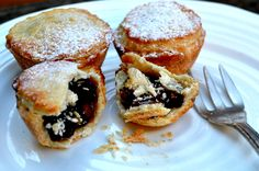 Beautifully light mince pies made using sweet shortcrust pastry. Shortcrust Pastry, Mince Pies, Biscuit Recipe, Biscuits, Muffin, Cooking Recipes, Pudding, Cakes, Baking