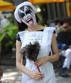 10 Halloween Pun Costumes 2013 - Easy Halloween Costumes 2013 - french kiss