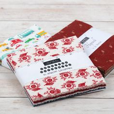 Charm Pack Quilt Patterns, Charm Pack Quilts, Charm Quilt, Star Quilt Patterns, Charm Square Quilt, Quilt Tutorials, Sewing Tutorials, Sewing Ideas, Batik Quilts