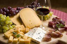 Cheese bacon grapes wine (1698x1131, bacon, grapes, wine)  via www.allwallpaper.in