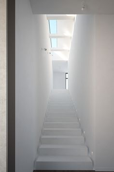 #White and airy #stairs with #natural #lighting