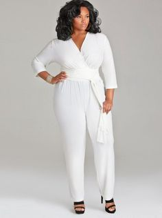elegant all white parties   ... yes… Can someone say all white party! This jumpsuit is everything