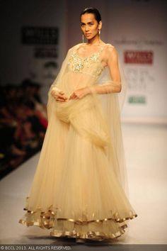 Sonalika Sahay walks the ramp for Rabani and Rakha on Day 4 of Wills Lifestyle India Fashion Week (WIFW) Spring/Summer 2014, held in Delhi. #Sari
