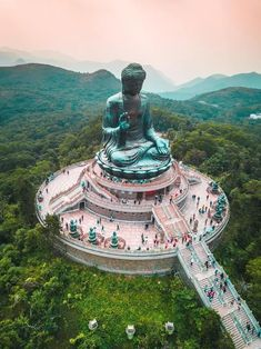 The Ultimate List of Things to do in Hong Kong - Beyond the Popular Attractions. there are many unique and exotic cultural experiences to be had in Hong Kong. But if the thought of traveling to Asia intimidates you because of the language barrier, reconsi Cool Places To Visit, Places To Travel, Travel Destinations, Places To Go, Holiday Destinations, Travel Stuff, Destination Voyage, Destination Weddings, In China