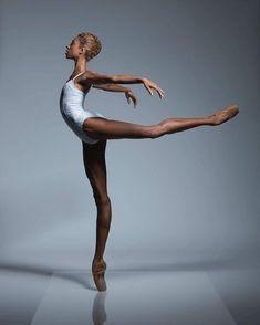 Wonderful Adji Cissoko captured by Aleksandar Antonijevic via Brown Girls Do Ballet® 💞 . Dance Photography Poses, Dance Poses, Ballerina Photography, Art Photography, Amazing Dance Photography, Contemporary Dance Photography, Black Dancers, Ballet Dancers, Ballerinas