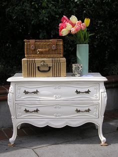 Want a painted dresser!