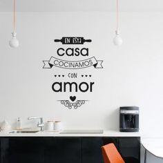 Estilovinilos presenta esta simpática frase, ideal para colocar en la pared o sobremesada de tu cocina.