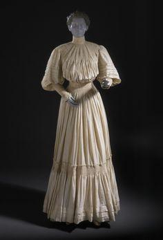 Woman's Day Dress Liberty & Co.   circa 1903