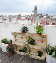 rooftop balcony furniture ideas from wooden pallets plant stand flower pots