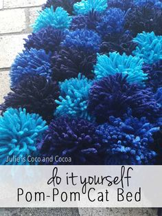 What cat wouldn't love a bed made of yarn?! Make your cat this DIY Pom Pom Cat…