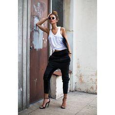 Women's Fashion. Love the pants!