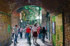 entrada-borough-market-london-mercado-municipal-de-londres-a-bussola-quebrada
