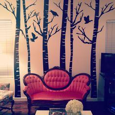 Victorian settee / indoor forest. Victorian Love Seats, Victorian Couch, Victorian Decor, Vintage Furniture, Furniture Ideas, Funky Home Decor, Living Spaces, Living Rooms, Settee