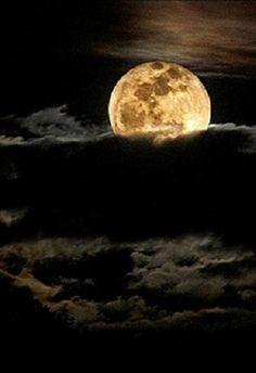 Black sky, full moon - haunting!
