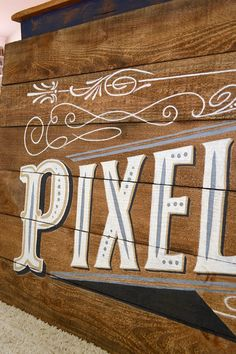 How to Create and Old Vintage Sign from Plywood | Storypiece.net