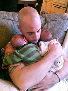 Chris Daughtry & his wife Deanna have Boy/Girl Twins, Adalynn Rose and Noah James, born in November 2010.