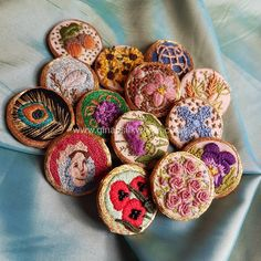 Embroidered buttons by Gina Barrett of Gina-B Silkworks