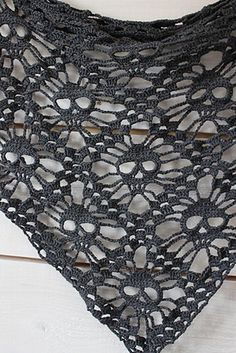 Crochet pattern for skull shawl (or afghan, or doily!)