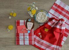 crea con noi: IL RICETTARIO PER LA FESTA DELLA MAMMA Tutorial, Napkins, Tableware, Dinnerware, Dinner Napkins, Tablewares, Place Settings