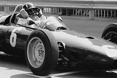 Monte Carlo, May 1963: Reigning world champion Graham Hill qualified second for the season-opening Monaco Grand Prix alongside archrival Jim Clark. © Schlegelmilch